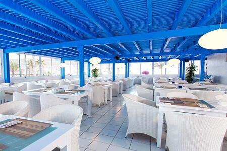 restaurant at Bahiazul Villas and Club