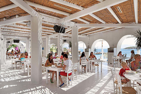 beach bar and restaurant at sianji wellbeing resort turkey