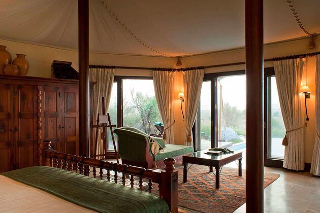 bedouin suite at al maya desert resort dubai
