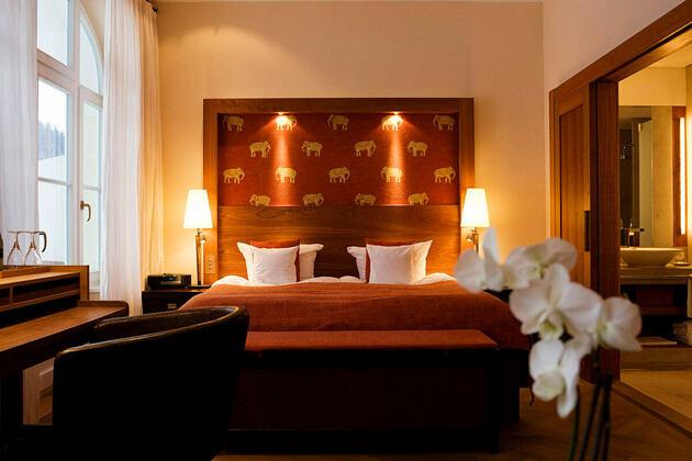 bedroom at Schloss Elmau