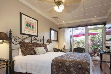 deluxe patio room at hotel grano de oro costa rica
