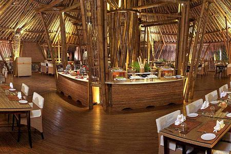 dining room at Carnoustie Ayurveda & Wellness Resort