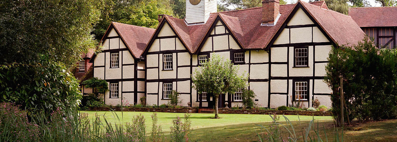 dower house - 3 bedroom residence for exclusive hire at coworth park england uk