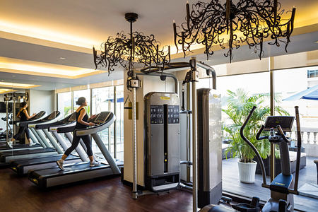 fitness room at The Retreat Palm