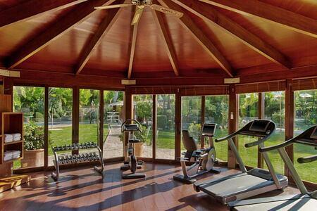 fitness-room-at-sheraton-mallorca-golf-hotel