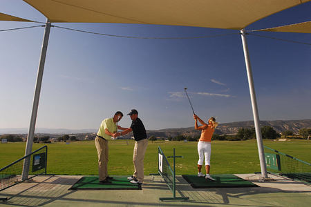 golf lesson at aphrodite hills hotel cyrpus