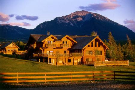 exterior at echo valley ranch canada