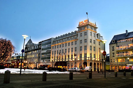 exterior of hotel borg