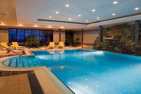 indoor pool at Gaolosol Resort Madiera