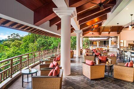 jentayu-lounge-at-the-andaman-hotel-malaysia