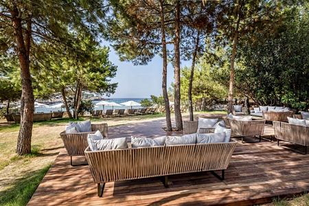 kucuk beach lounge at Six Senses Kaplankaya resort turkey