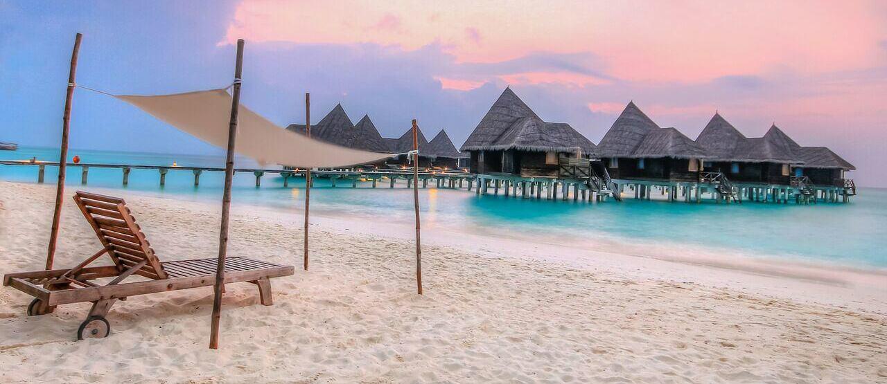 beach at coco palm dhuni kolhu resort maldives