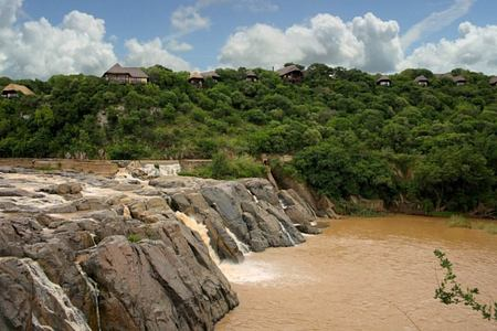 mkuze falls game reserve lodge south africa