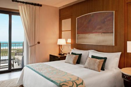 ocean suite bedroom at st regis island resort abu dhabi