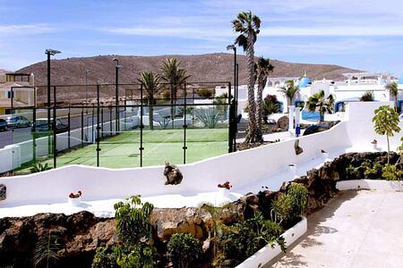 paddle tennis at Bahiazul Villas and Club
