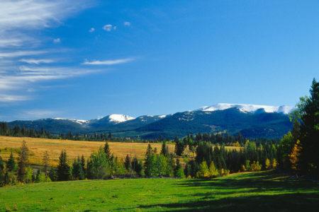 panorama at echo valley ranch canada