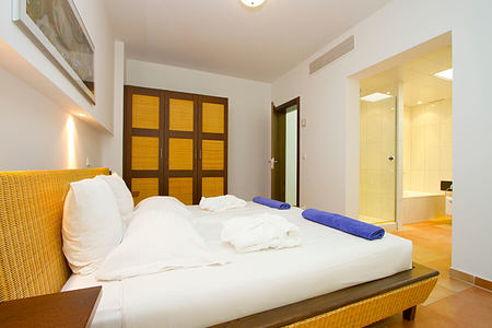 pool villa bedroom at playitas resort canary islands