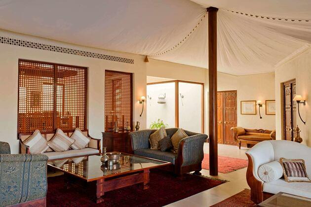 presidential suite - lounge at al maya desert resort dubai