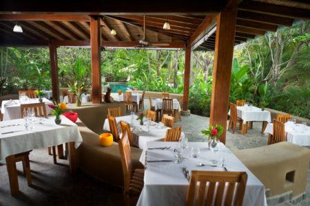 restaurant at flor blanca resort costa rica