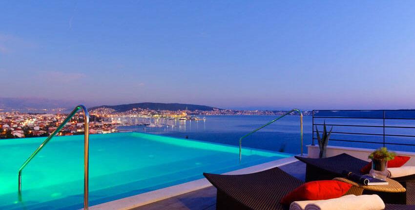 rooftop pool at hotel ola croatia