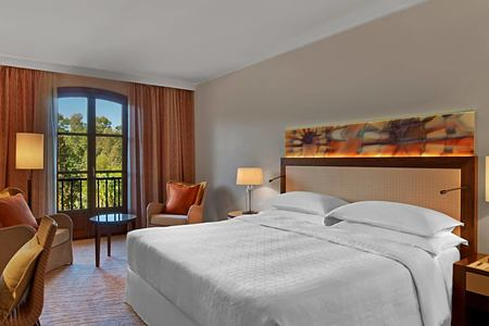 room-at-sheraton-mallorca-golf-hotel