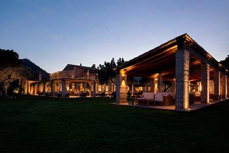 night at can simoneta hotel mallorca