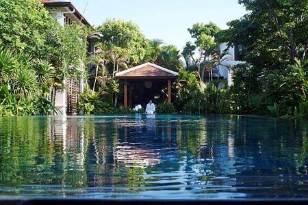 spa pool at fusion maia resort vietnam