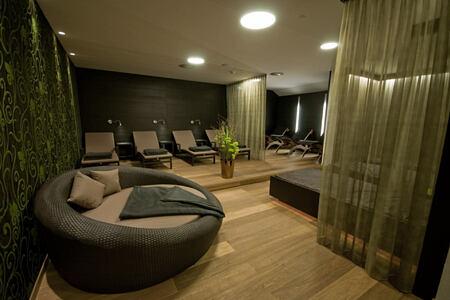 spa relaxation area at hotel rosengarten austria