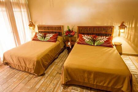 standard room at lost iguana hotel costa rica