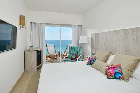 standard sea view room at sol beach house