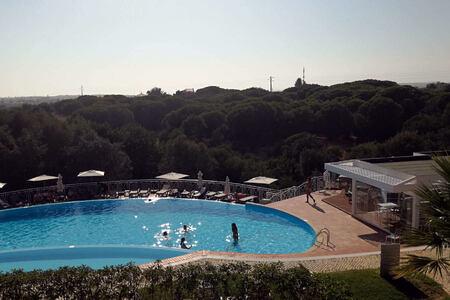 swimming pool at longevity vilamoura and medical spa algarve