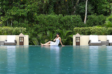swimming pool at Carnoustie Ayurveda & Wellness Resort