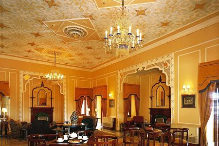 viceregal lounge at ananda himalayas hotel india