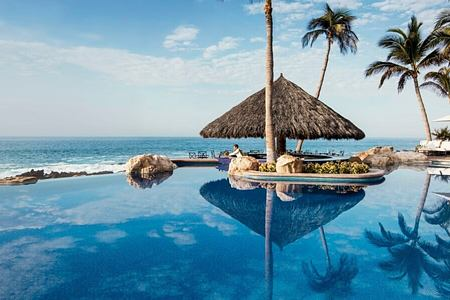 vista pool at one and only palmilla mexico