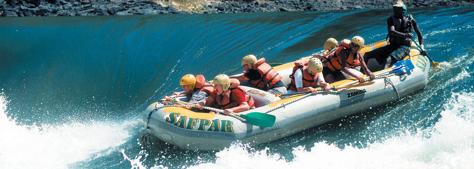 water rafting on the zambezi at tongabezi hotel zambia