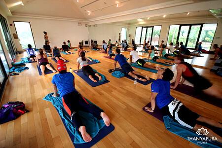 yoga classes at thanyapura resort thailand