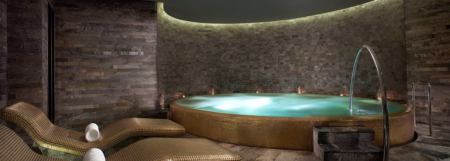 Atarmia Spa whirlpool at the Park Hyatt Abu Dhabi