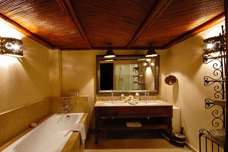 Bathroom in one of the rooms at Villa des Oranges Morocco