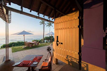 De Mauny dining pavilion terrace at Cape Weligama Sri Lanka