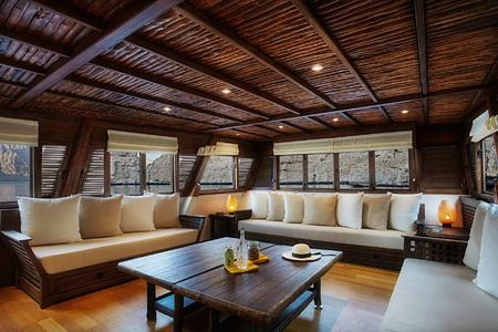 Dhahab lounge at Six Senses Zighy Bay Oman
