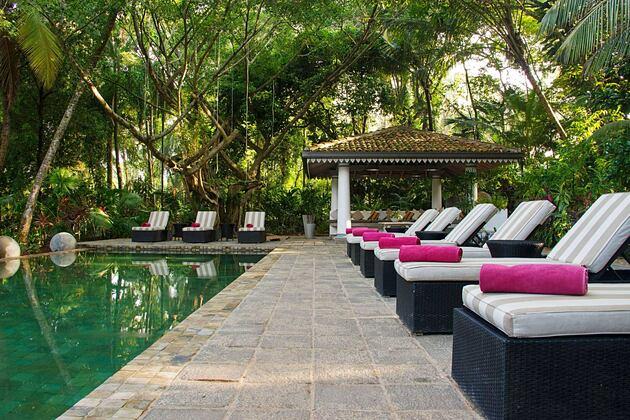Gardens & Pool at the Wallawwa Sri Lanka