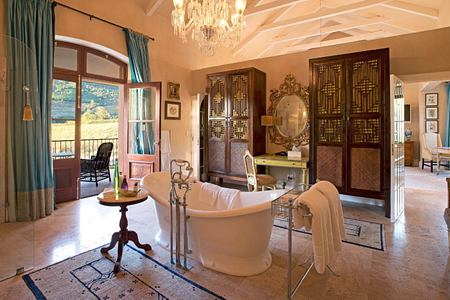 Hugenot Bathroom at la Residence South Africa