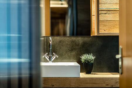 Interior bathroom at Hotel La Majun Italy
