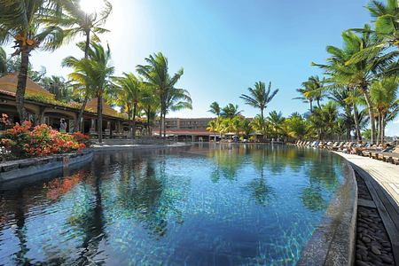 Large infinity swimming pool at Le Mauricia Mauritius