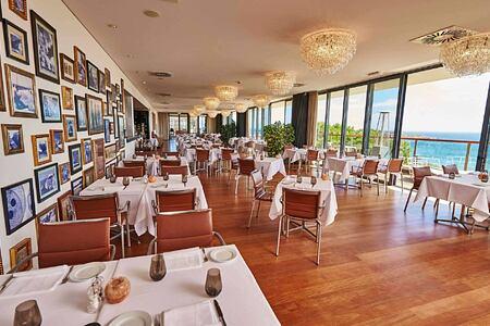 O-Terraco-Restaurant at Martinhal Resort, Portugal
