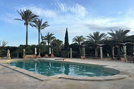 Pool at Cal Reit Spain