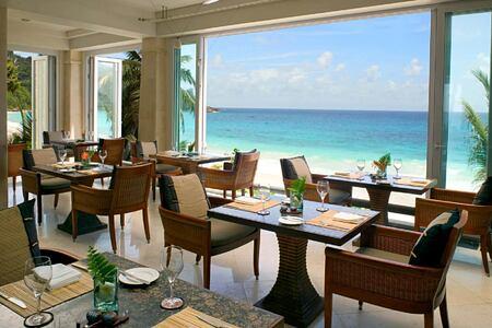 Restaurant le jardin at Banyan Tree Seychelles