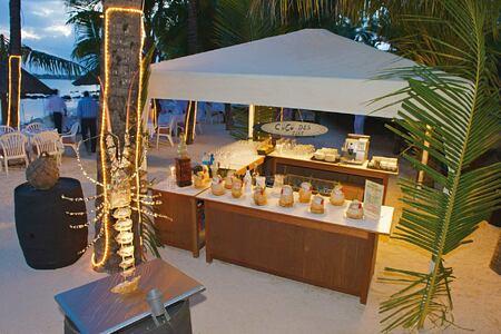 Seafood buffet and coconut ice cream at Le Mauricia Mauritius