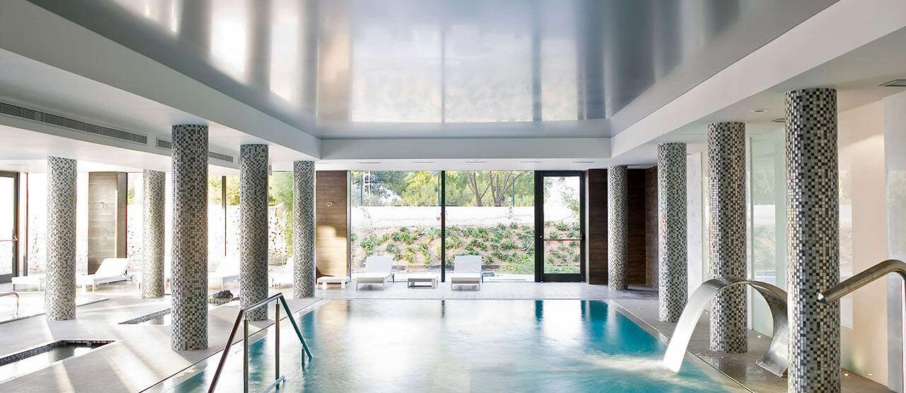 Spa pool at SHA Wellness Spain