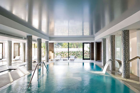 Spa pool at SHA Wellness Spain